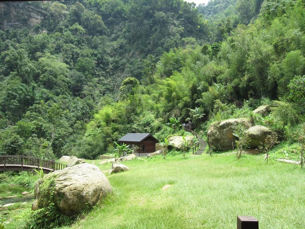 描写山林风景的句子