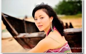 【北海图片】旅行中的知性美女