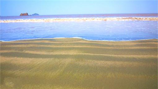 后前往【鹿栏晴沙】开始激情海滩活动!