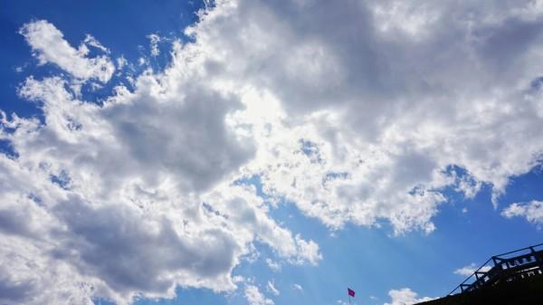 背景 壁纸 风景 天空 桌面 600_337
