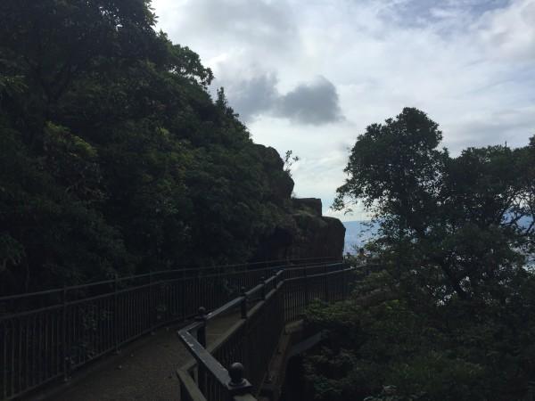 徒步山顶广场(港岛径第一段)