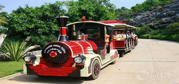 大明宫遗址公园欢乐观光小火车