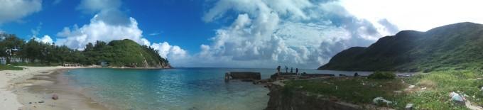 三门岛(又称沱泞岛),属广东省惠州市大亚湾区,与深圳大鹏半岛的东涌