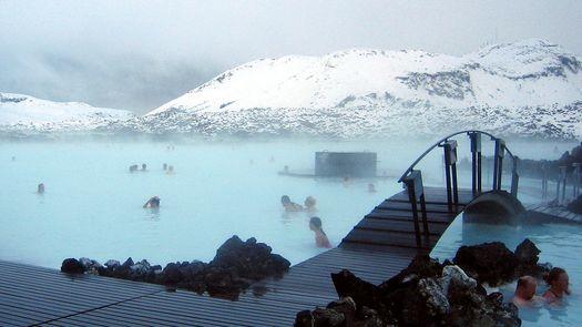 北冥有冰,其名为岛(冰岛之冰川徒步 火山内部探险 雪地摩托 船游冰湖