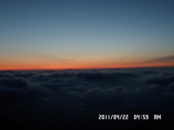 泰山 云海之巅,日出之奇景