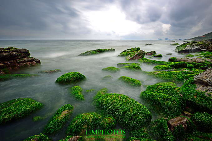 区位于惠州市惠东县东南部,南临南海红海湾,是考洲洋内的一个内陆海岛