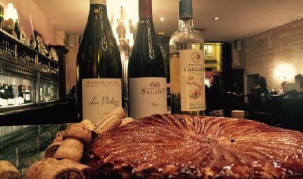 法国巴黎法式大餐(配香槟美酒)图片